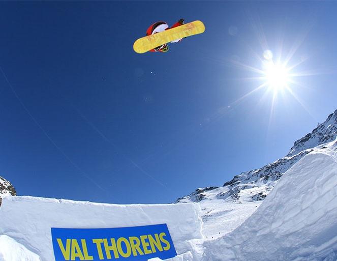 Snowboarding a Freestyle lyžovanie